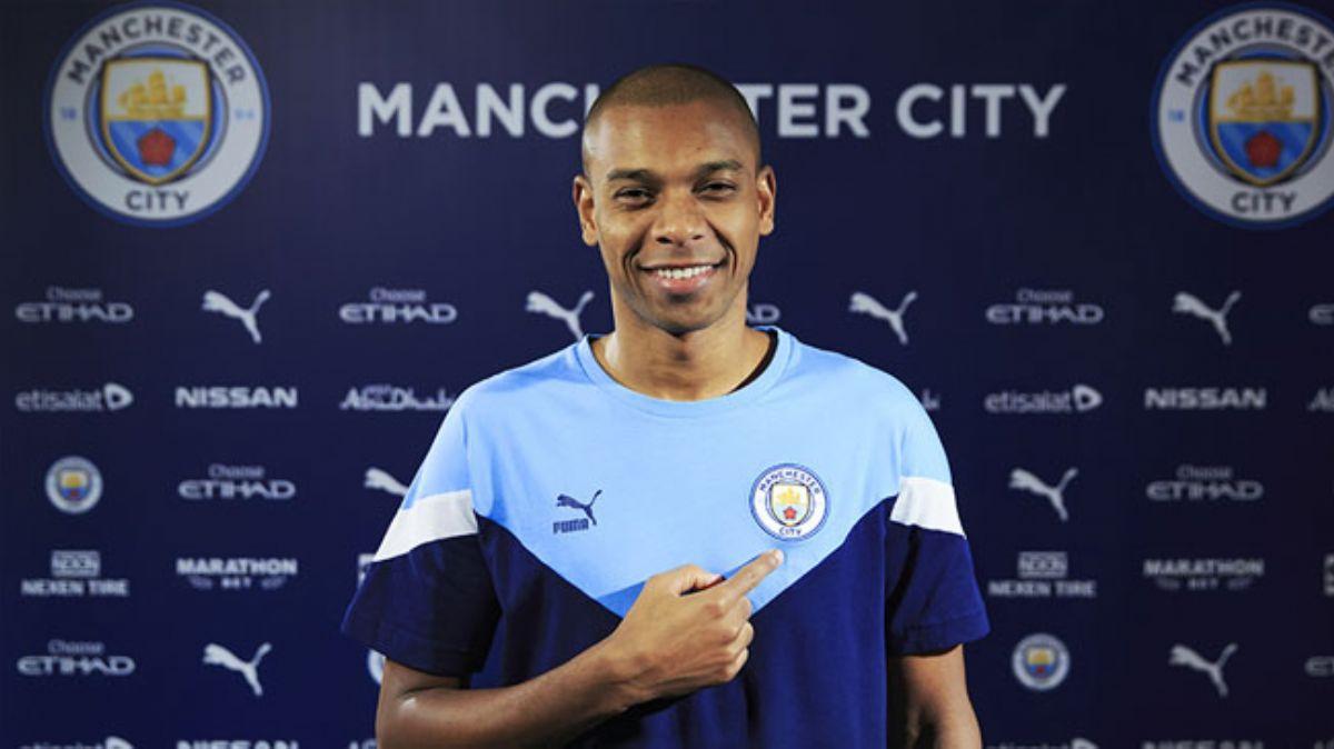 Fernandinho'ya yeni sözleşme