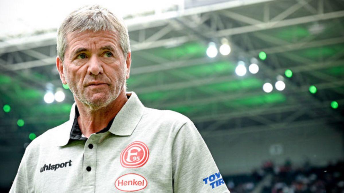Fortuna Düsseldorf'da teknik direktör Friedhelm Funkel kovuldu