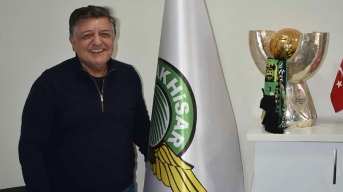 Yılmaz Vural sezon sonuna kadar Akhisarspor ile anlaştı