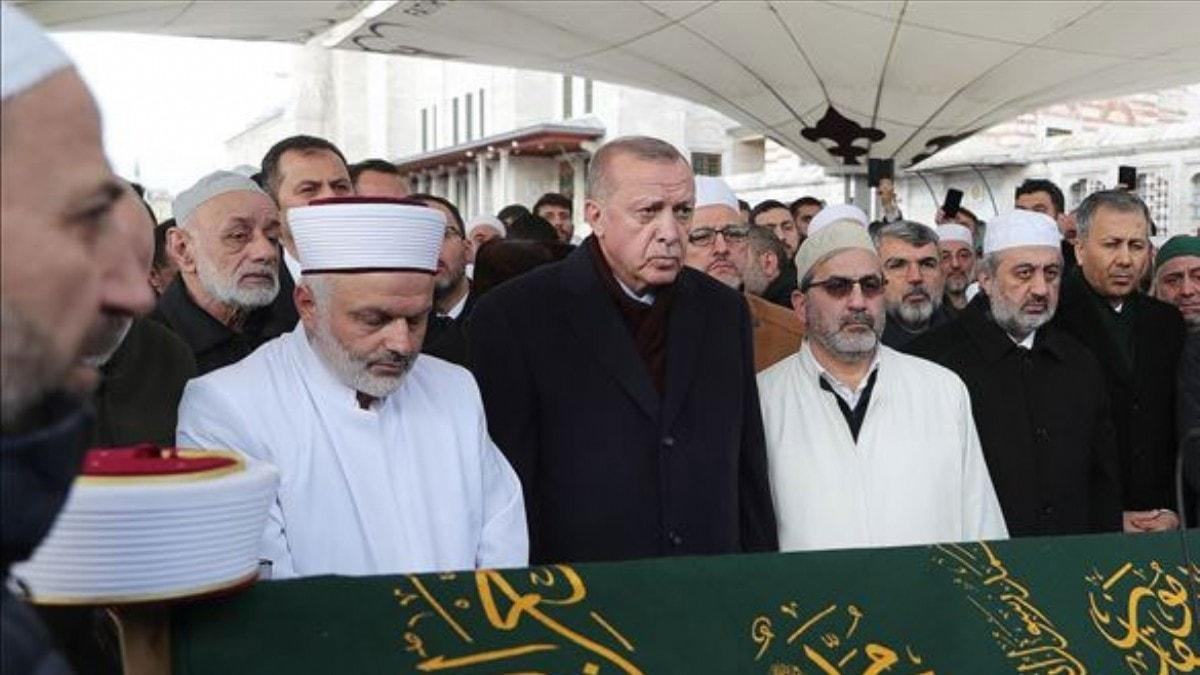 Başkan Erdoğan Ahmet Vanlıoğlu'nun cenazesine katıldı