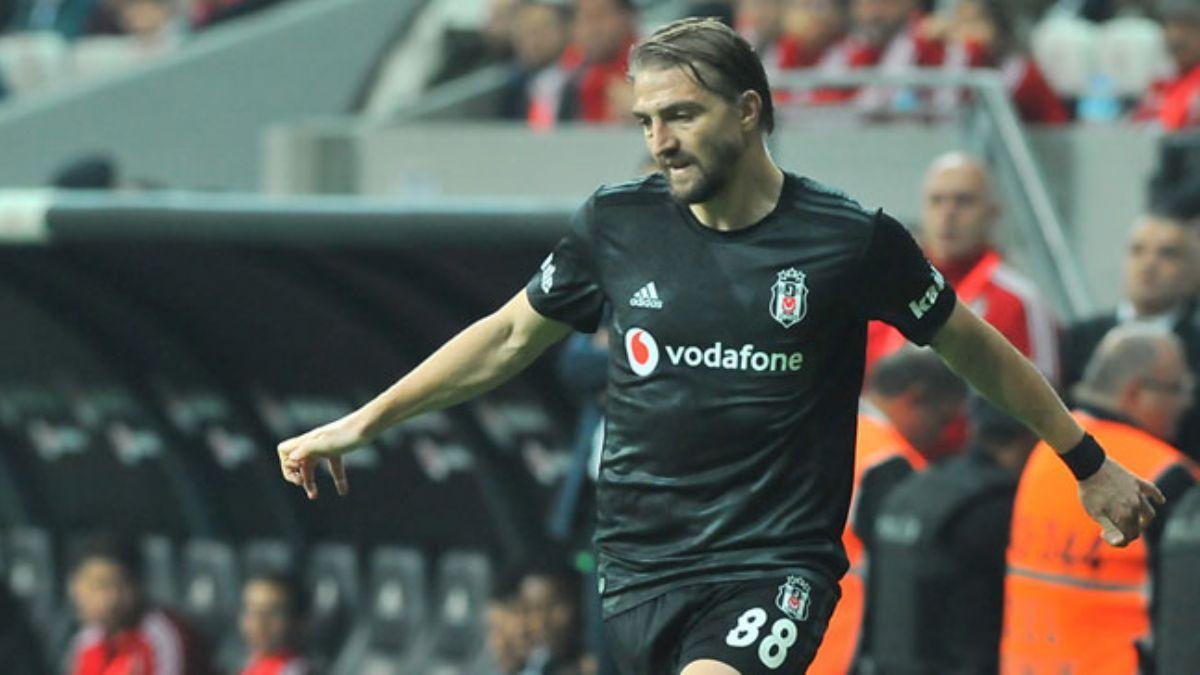 Beşiktaş'ta Caner Erkin ile görüşmeler şimdilik donduruldu