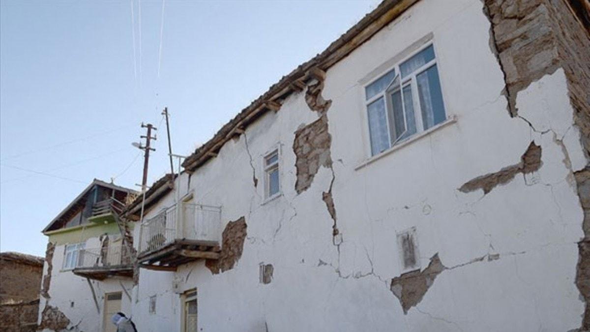 Depremden etkilenen KOBİ'lere KOSGEB'den faizsiz kredi desteği