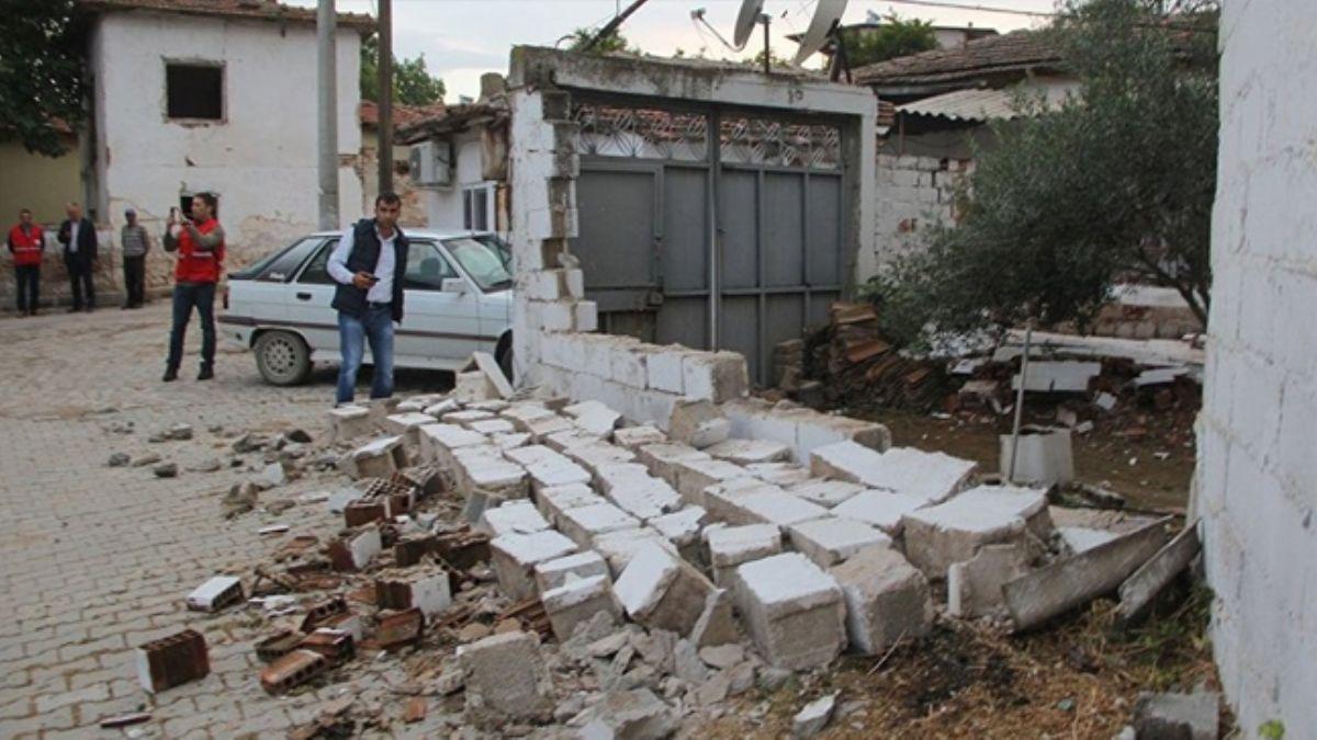 Manisa'da 2 ilçede deprem nedeniyle yarıyıl tatili uzatıldı