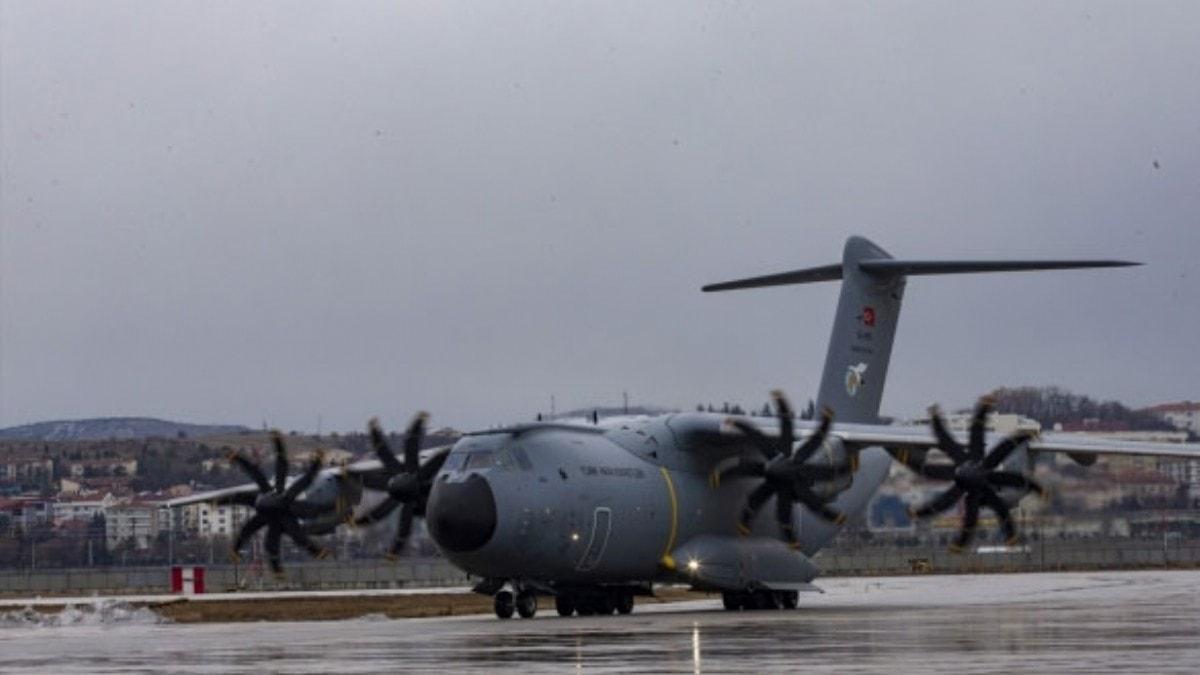 Wuhan'daki Türk vatandaşlarını tahliye edecek uçak yola çıktı