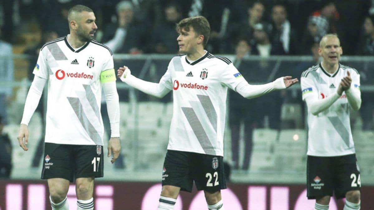 Beşiktaş'ta Adem Ljajic şoku yaşanıyor