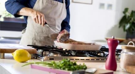 Yemek mutfakta beklediyse tüketmeyin! Bakteriler hızla çoğalıyor