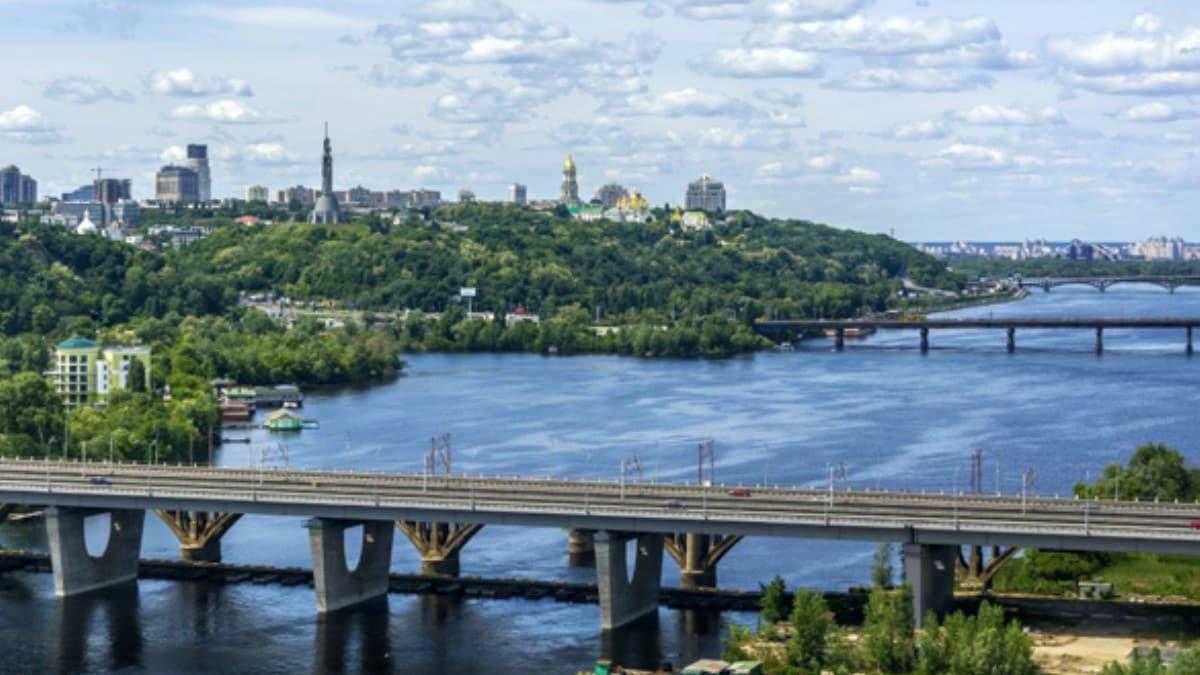 Ukrayna'da, Dinyeper Nehri üzerinden geçecek köprü ihalesini Türk firması kazandı