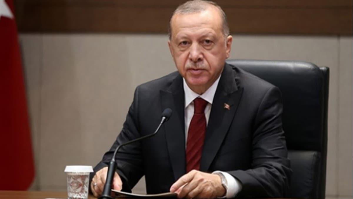 Başkan Erdoğan, Van'da hissedilen depremle ilgili İçişleri Bakanı Soylu'dan bilgi aldı