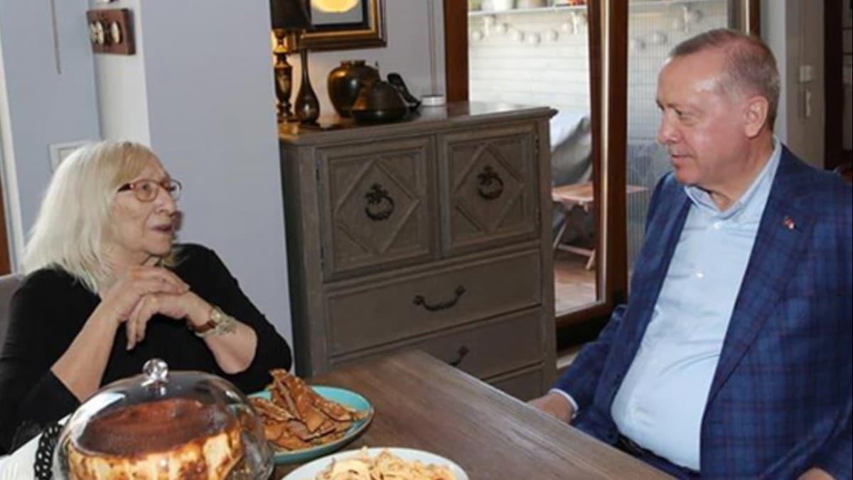 Başkan Erdoğan'dan Alev Alatlı'ya ziyaret!