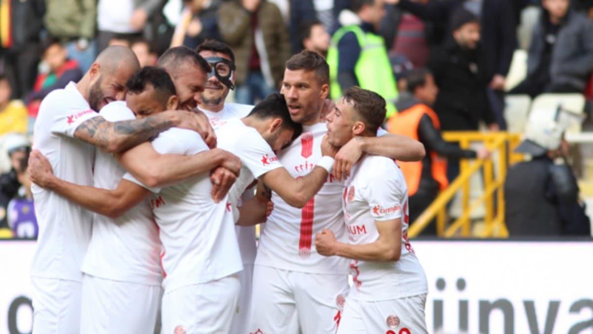 Antalyaspor yenilgiyi unuttu!