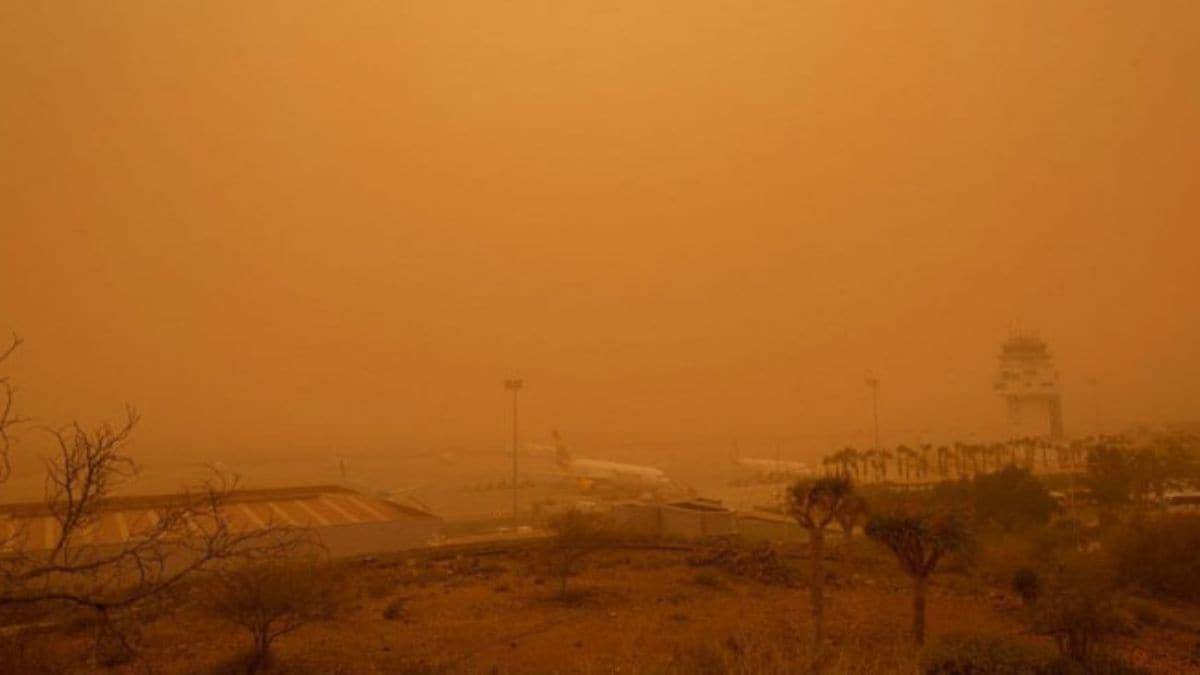 İspanya'daki kum fırtınası gökyüzünü turuncuya boyadı