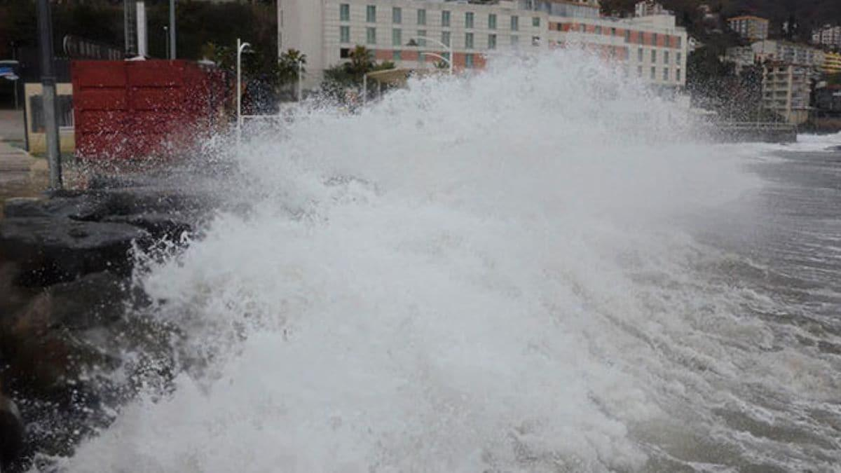 Valilikten 'şiddetli fırtına' uyarısı