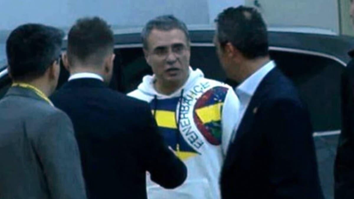 Fenerbahçe yönetimi, Ersun Yanal'dan sonra takımın başına Erol Bulut'u getirmek istiyor