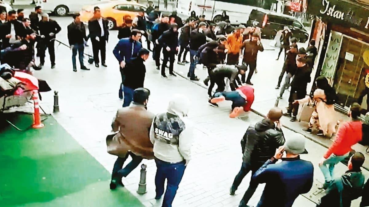 İranlı gaspçılara vatandaş dayağı