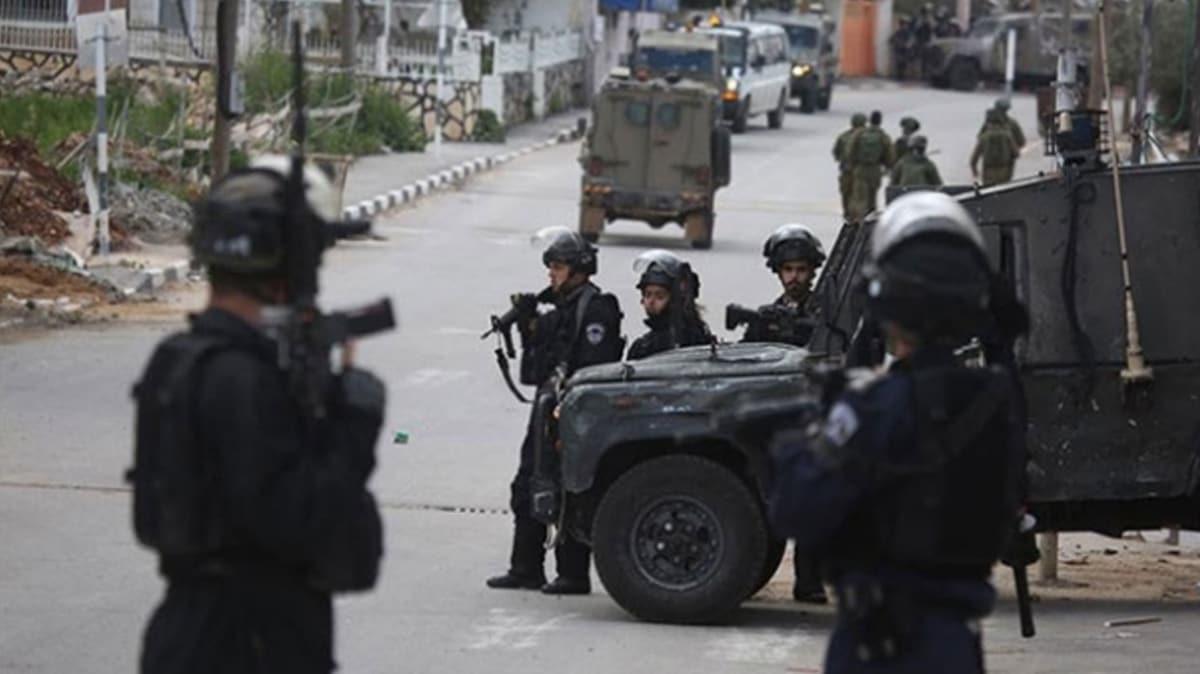 İsrail askerleri Batı Şeria'da 51 Filistinliyi yaraladı