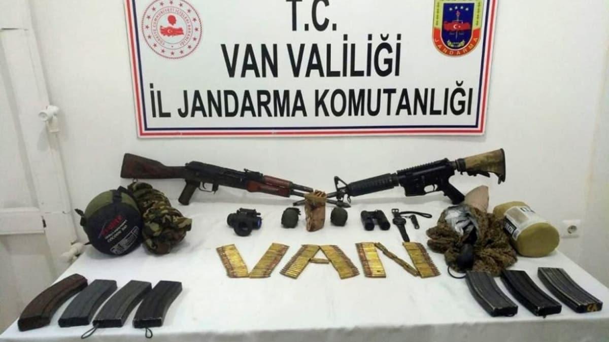 Van'da sağ yakalanan teröriste ait malzemeler ele geçirildi