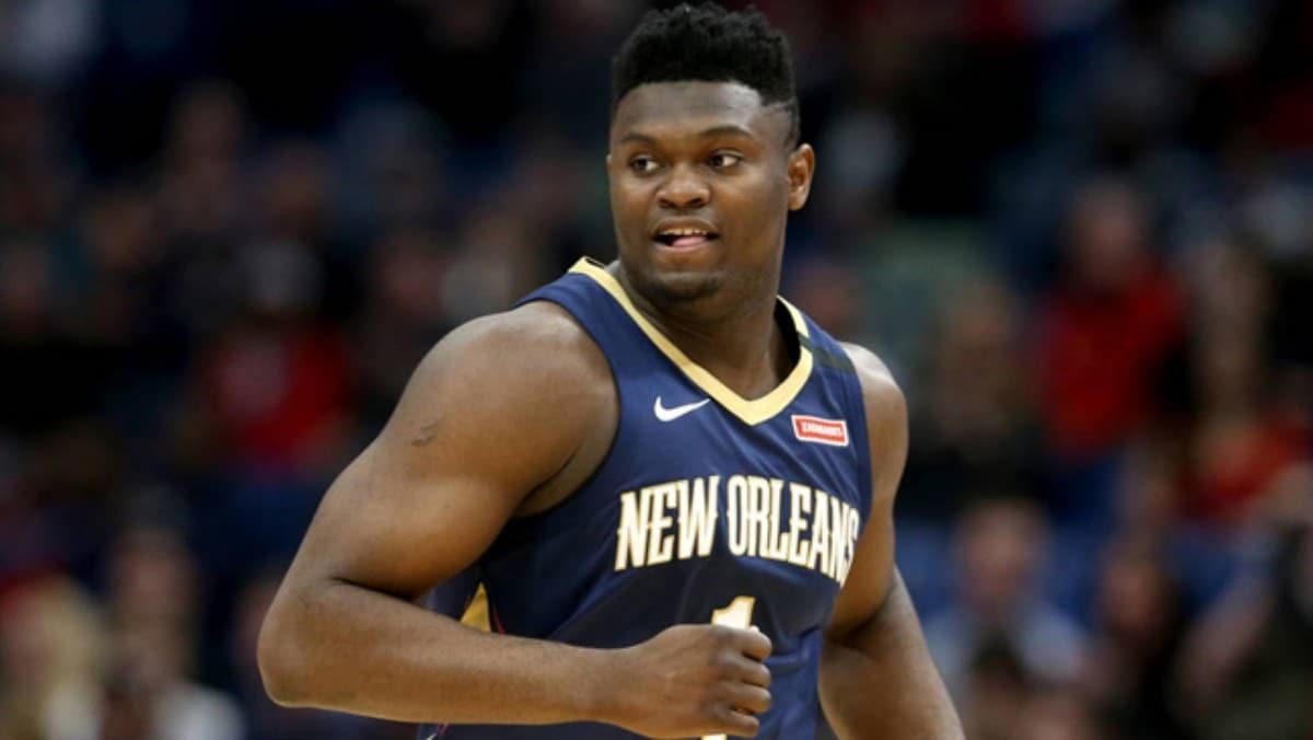 Zion Williamson, NBA'de üst üste 10 maçta en az 20 sayı kaydeden en genç basketbolcu oldu