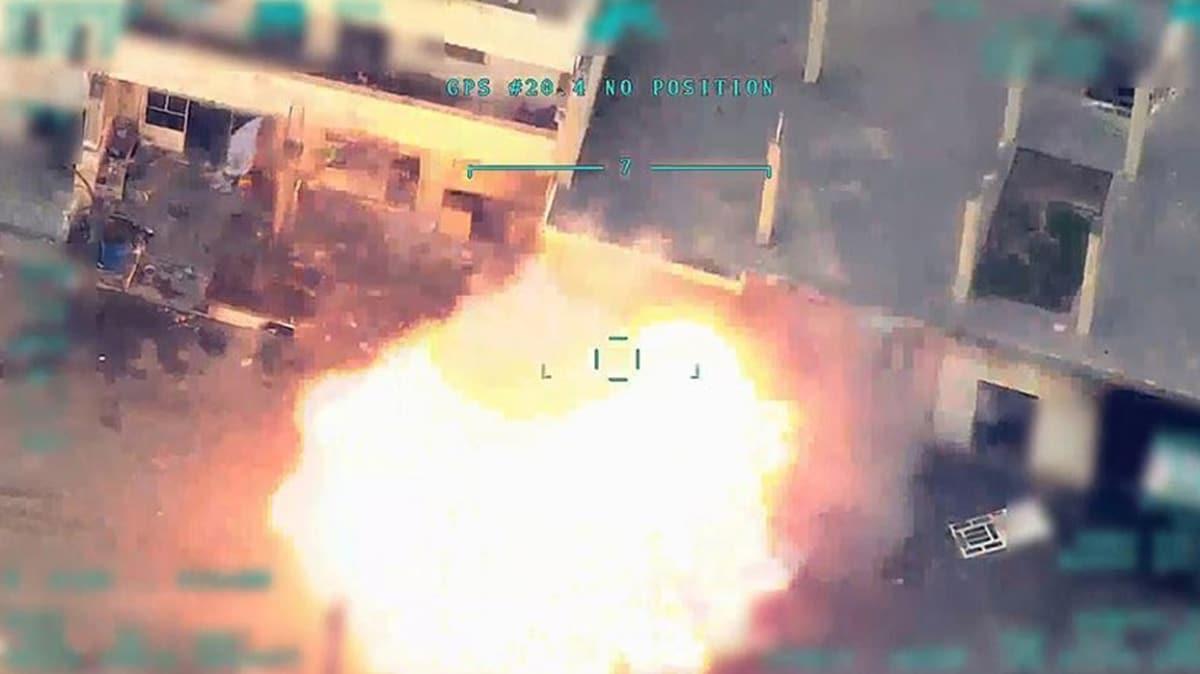 Esed rejimine ağır darbe! Generalleri öldürüldü