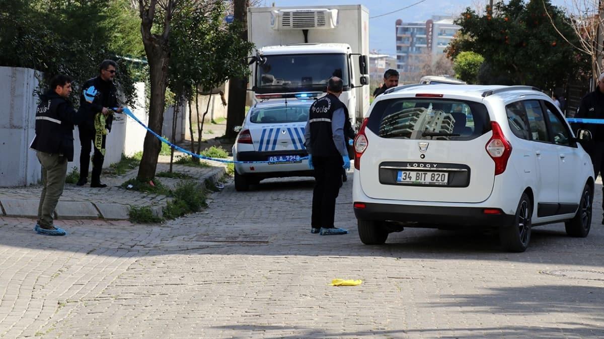 Polis memuru, kadın meslektaşını katletti, annesini yaraladı
