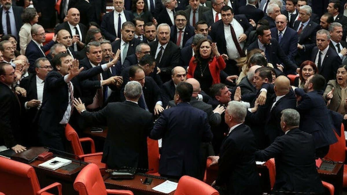 Bakan Gül'den CHP'li Engin Özkoç hakkında flaş açıklama: Fezleke imzalanarak Meclis'e gönderildi