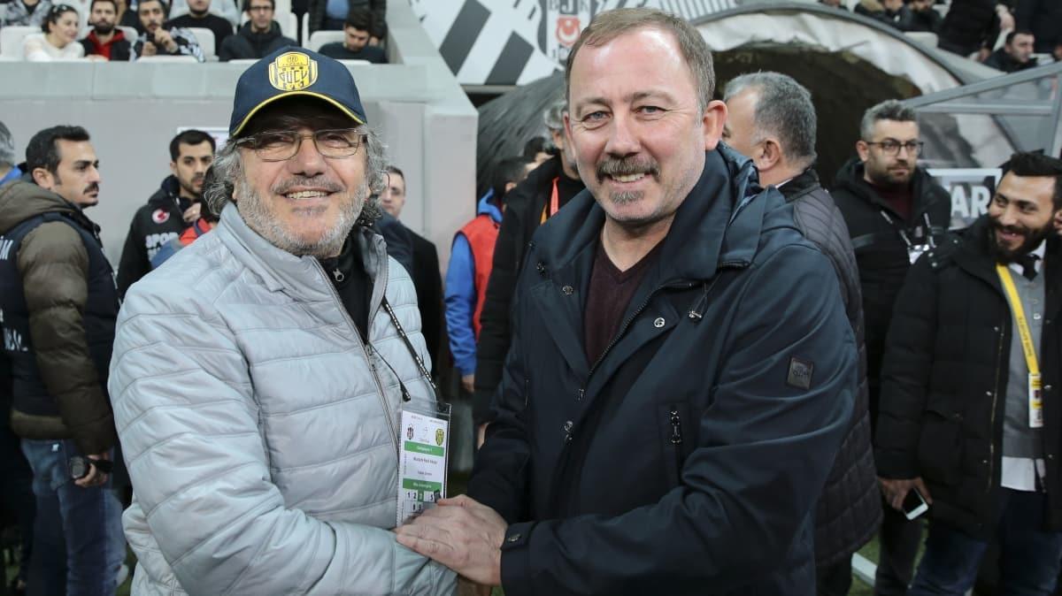 Mustafa Reşit Akçay: Sahada ayakta kaldık!