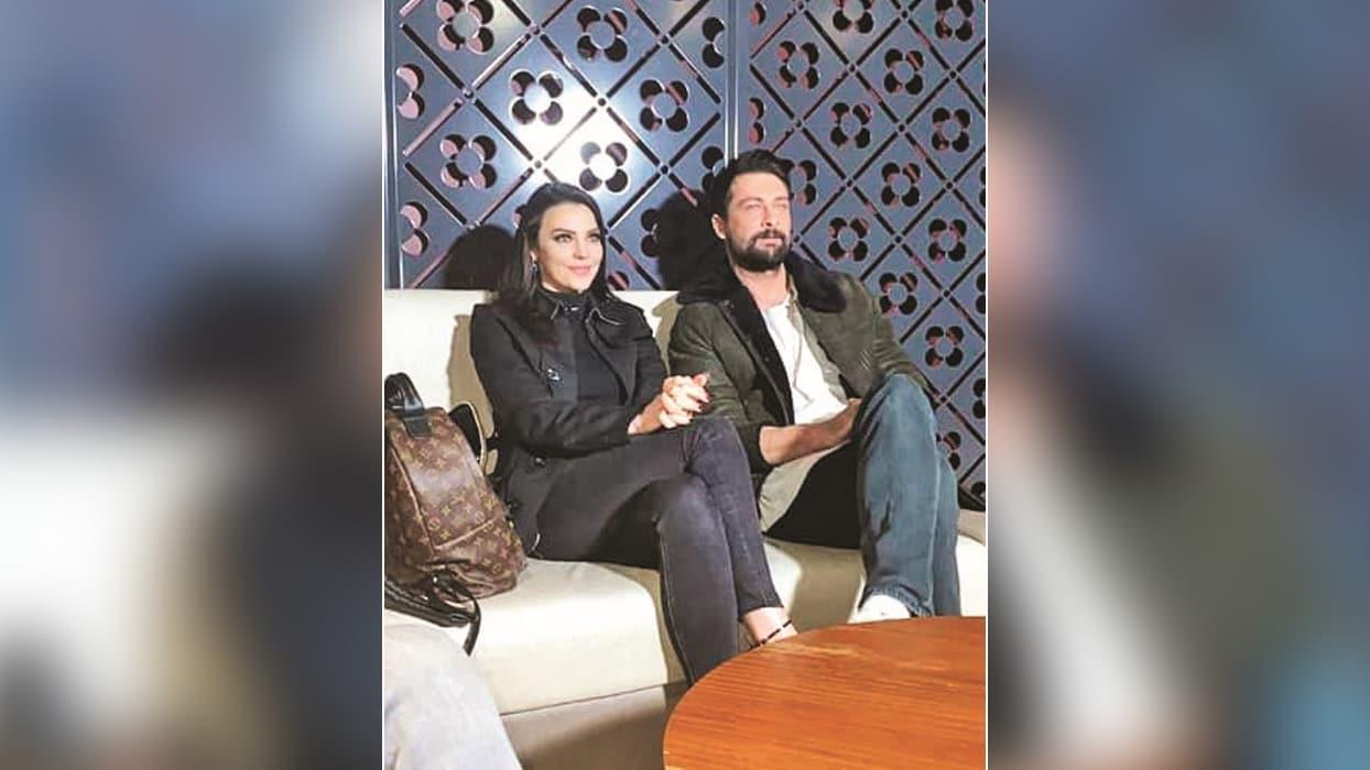 'Ağır Romantik'ler Tuvana Türkay ile Onur Tuna barıştı