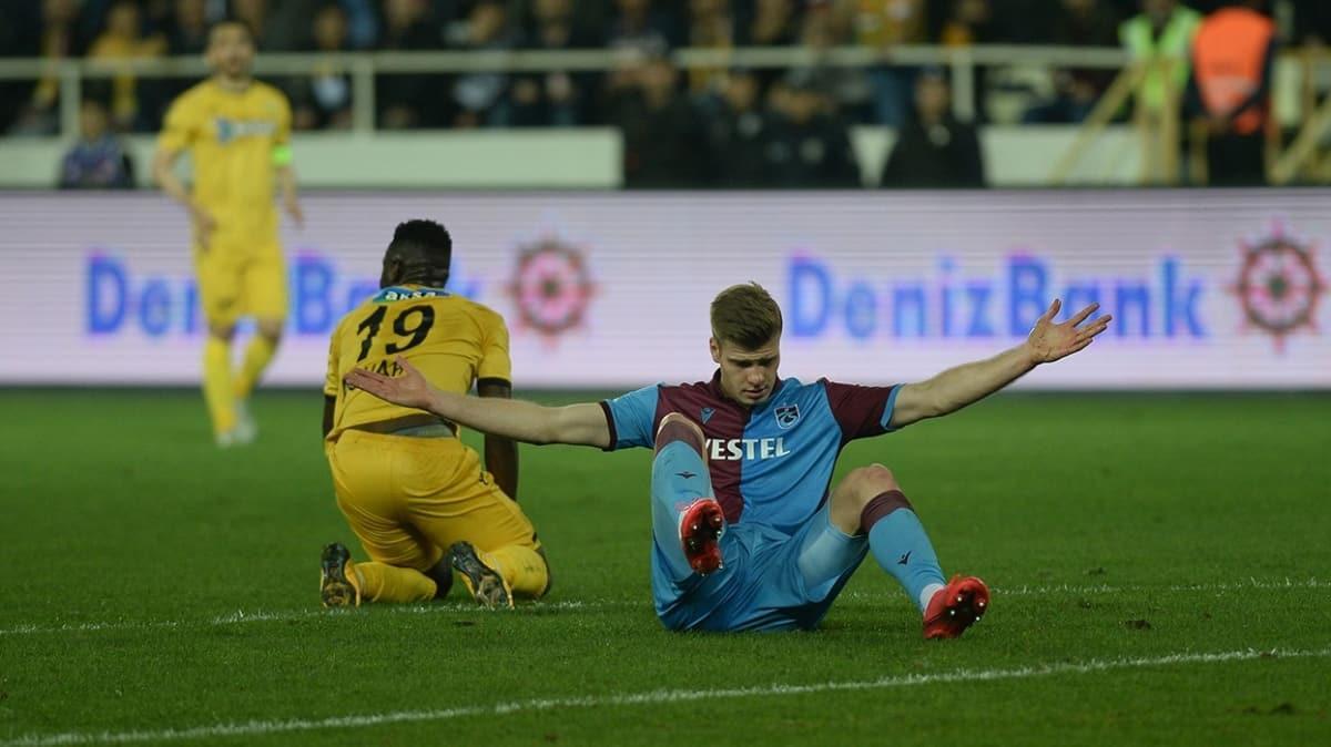 Trabzonspor'da Sörloth'un sakatlığıyla ilgili son dakika gelişmesi!