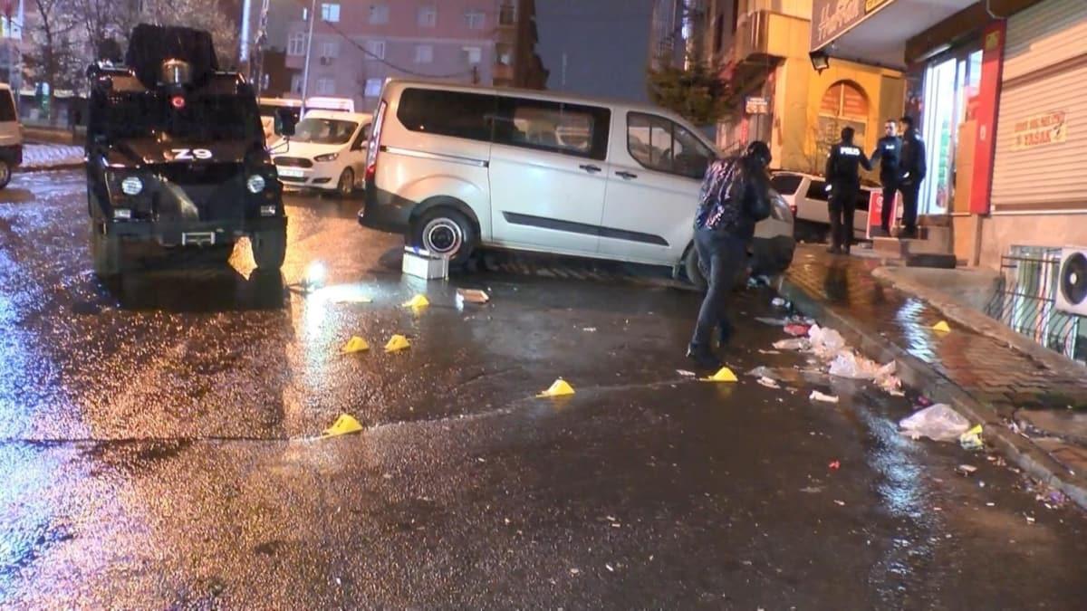 Sultangazi'de bir kahvehane silahlı saldırıya uğradı