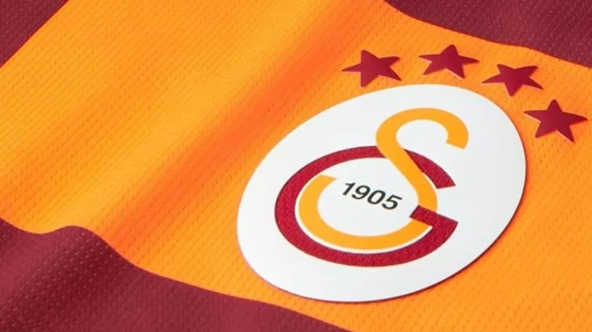 Galatasaray'da transfer operasyonu! 3 yıldıza imza attırıldı...