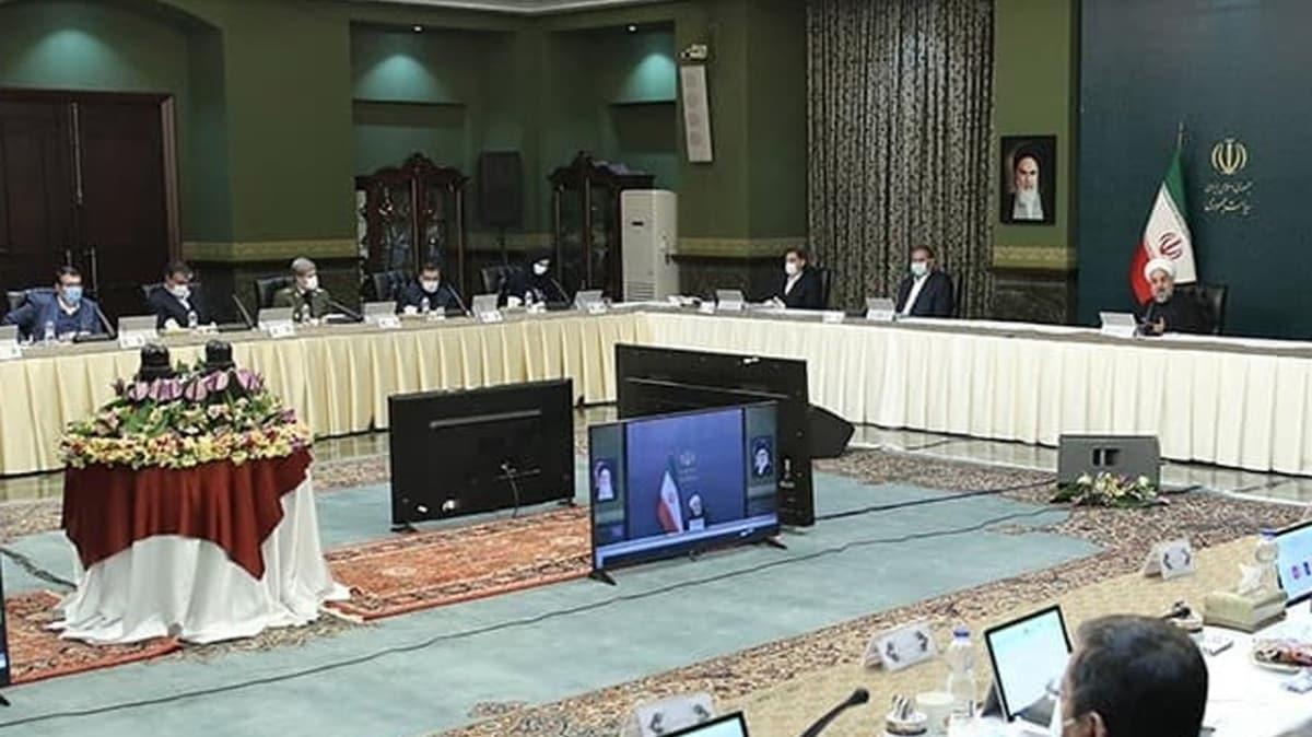 Tahran'da eyalat dışına çıkışlar yasaklandı