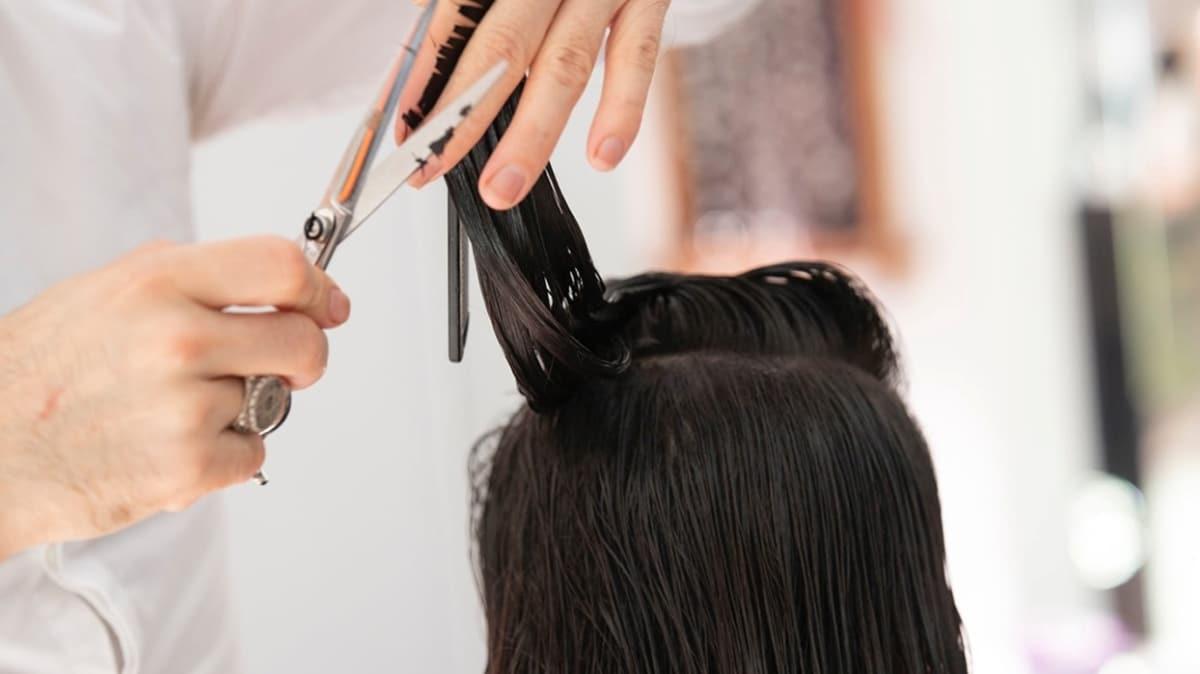 Saçlarınız çok dökülüyorsa dikkat! Saç dökülmesine sebep olan hastalıklar...