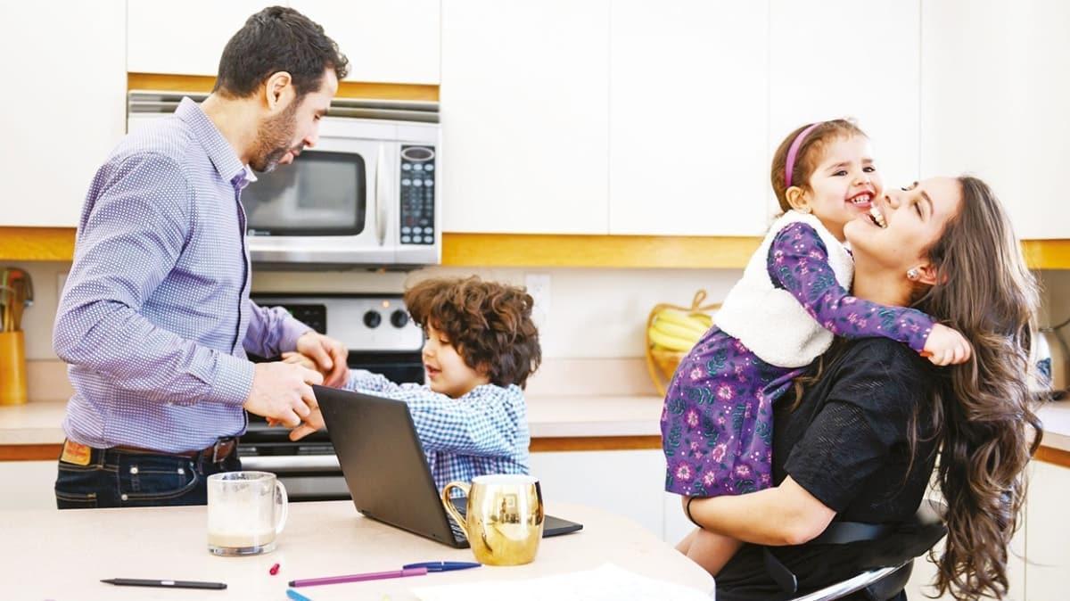 Karantinada ruh sağlığı için ailenize bol vakit ayırın