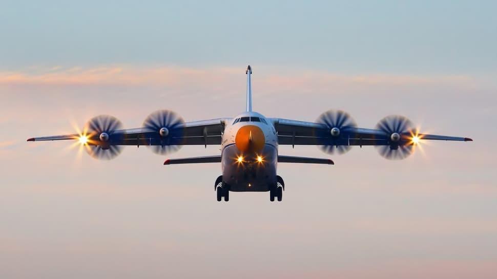 Rusya'nın İtalya'ya göndermek istediği yardım uçağına Polonya mı engel oldu? Kafaları karıştıran iddia