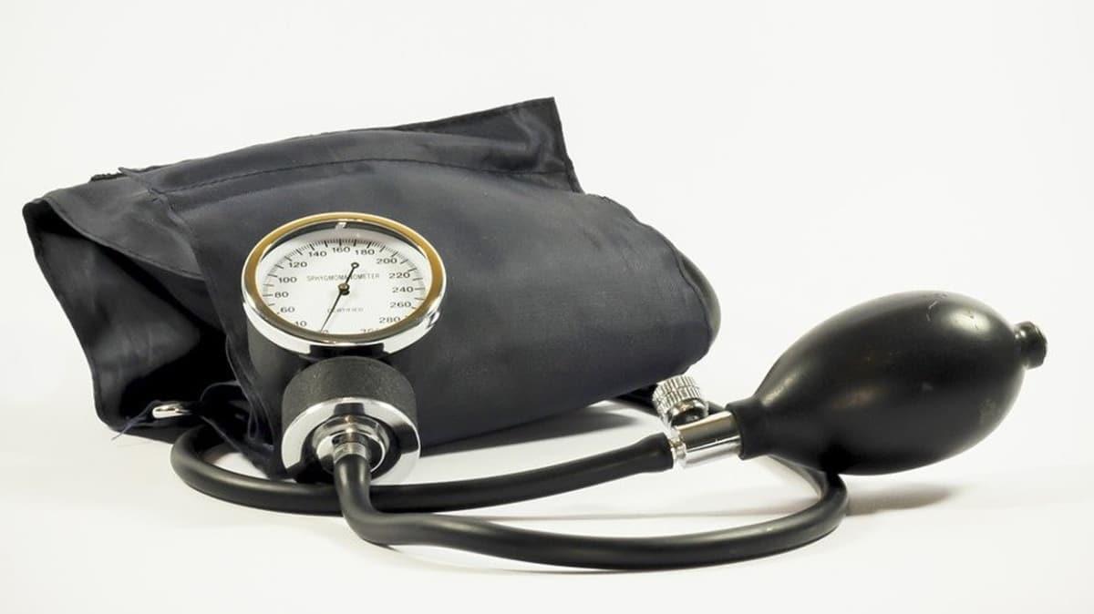 Uzmanlardan hipertansiyon hastalarına uyarı: Hipertansiyon hastaları ilaçlarını bırakmasın!