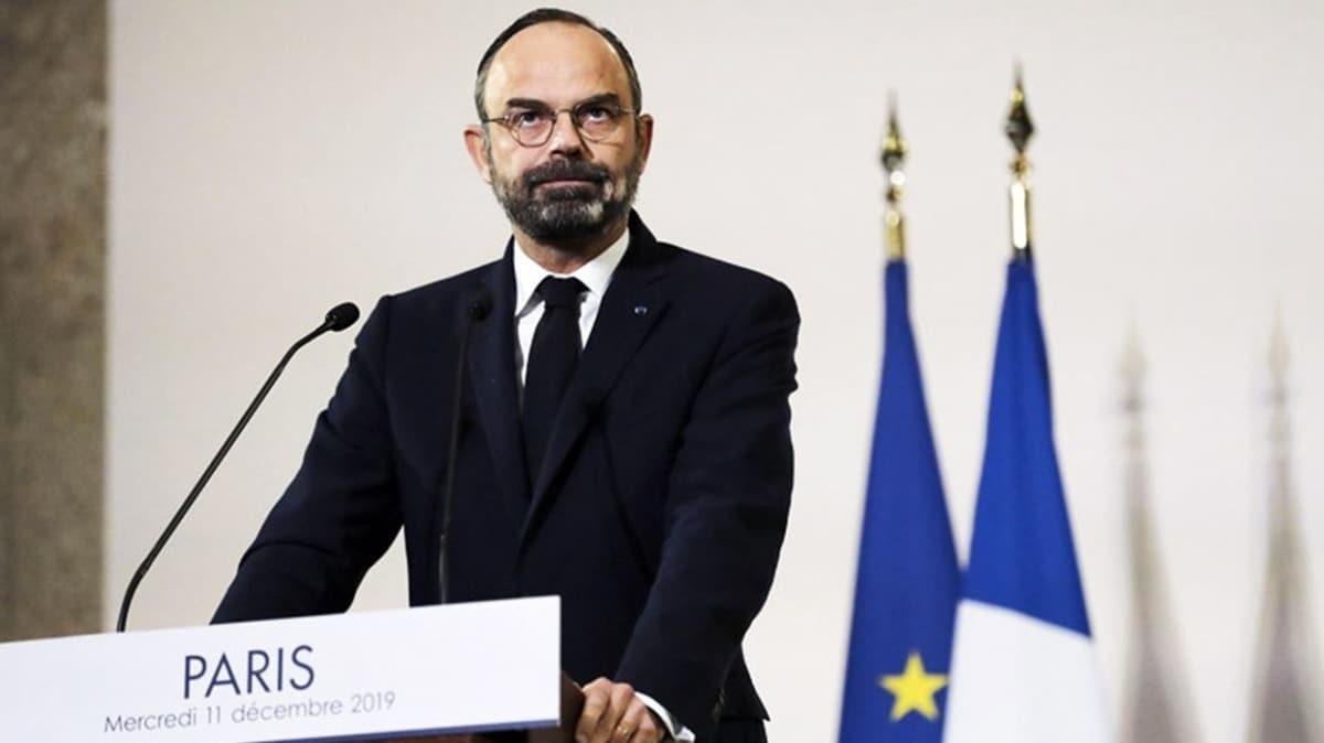 """Fransa Başbakanı koronavirüse ilişkin """"Gelecek günler zor olacak"""" açıklamasında bulundu"""