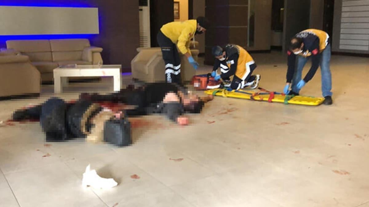 Beylikdüzü'nde maske satışında silahlı kavga: 4 yaralı