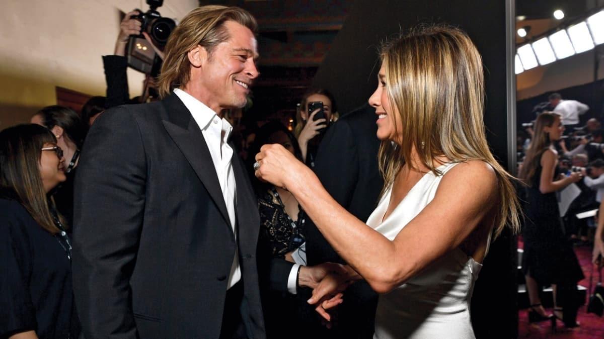 Brad Pitt ve Jennifer Aniston yıldırım nikahıyla evleniyor!