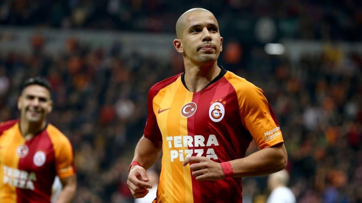 Feghouli Galatasaray'dan ayrılmak istemiyor