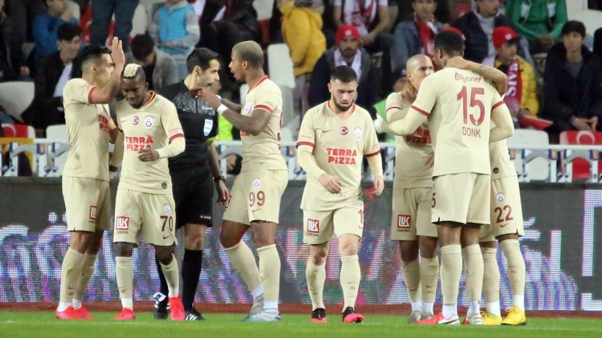 Galatasaray'da ödemeler aksamayacak