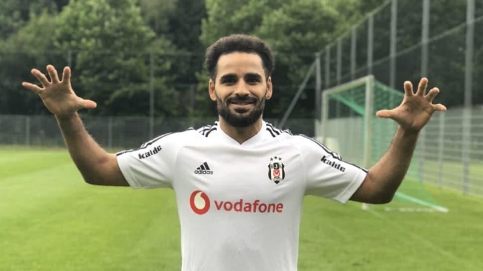 Douglas Beşiktaş'tan ayrılıyor