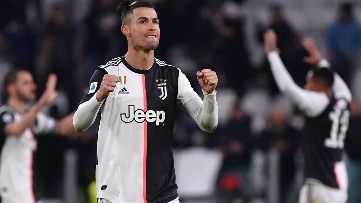 Cristiano Ronaldo maaşında kesintiye gidiyor