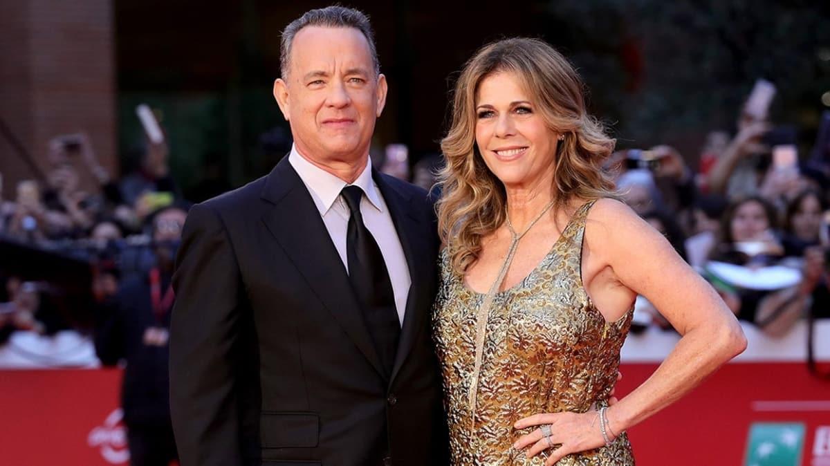 Eşiyle karantinadan çıkan Tom Hanks, özel jetiyle evine döndü