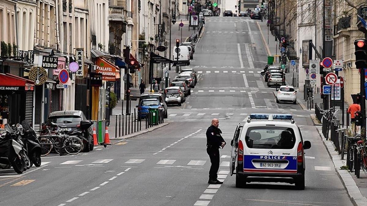 Fransa'da Kovid-19'dan ölenlerin sayısı bir günde 292 artarak 2 bin 606'ya yükseldi