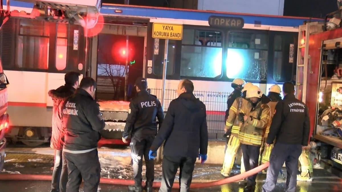 Sultangazi'de tramvayda yangın paniği