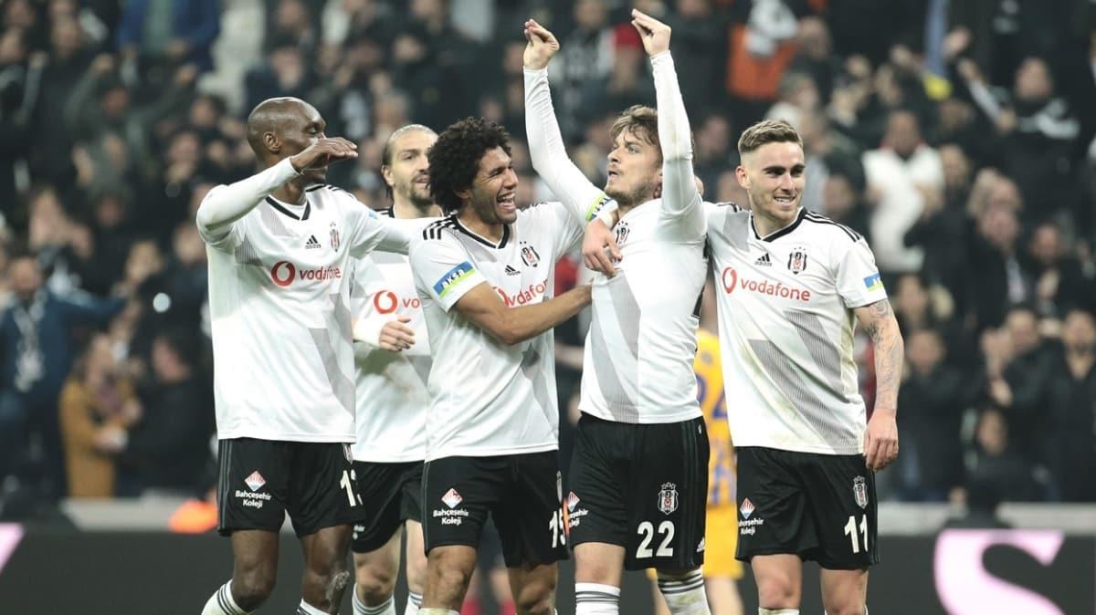 Beşiktaş rahat nefes almak için FIFA'dan gelecek haberi bekliyor