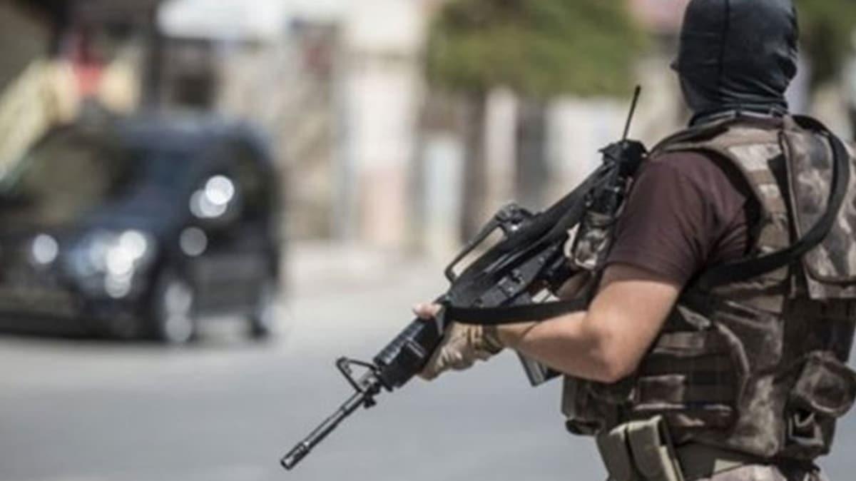Şırnak'ta PKK ve FETÖ'ye yönelik operasyonlarda yakalanan 12 şüpheliden 2'si tutuklandı