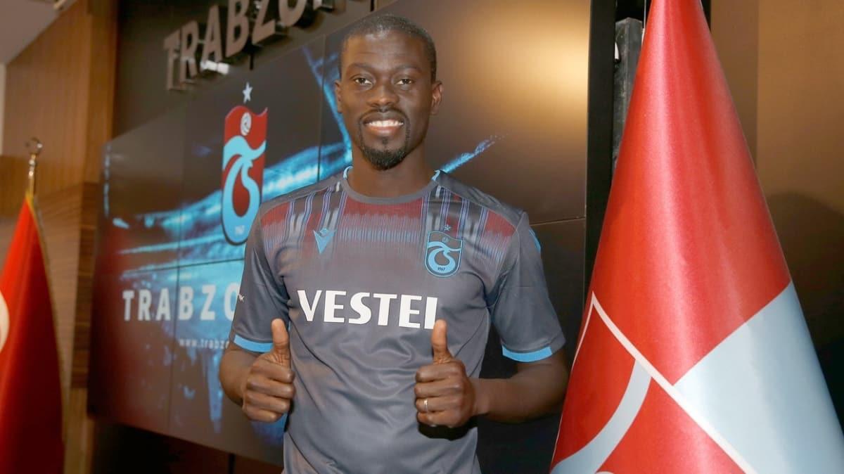 Trabzonspor, Stoke City'nin bir kez daha küme düşmesini bekliyor
