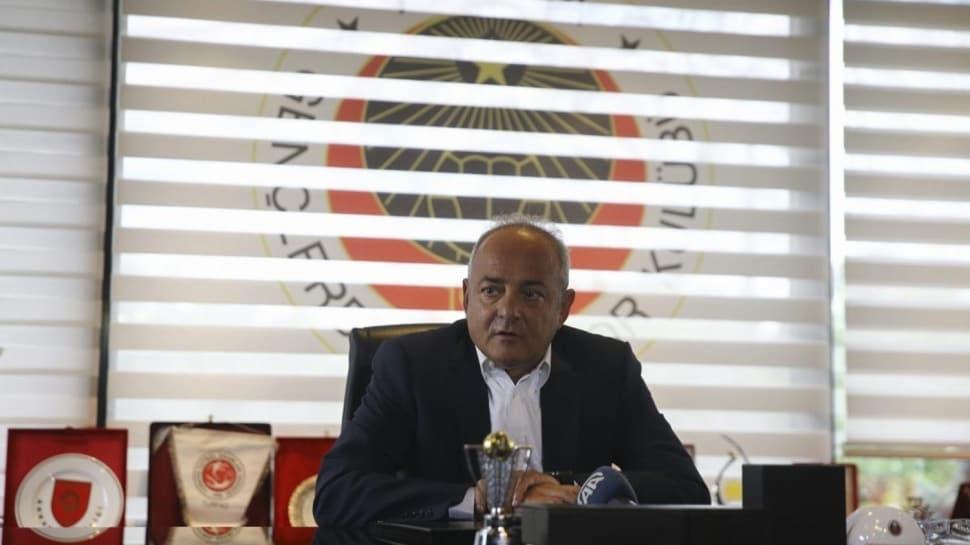 Cavcav: 'Futbolcular da biz de can derdindeyiz'