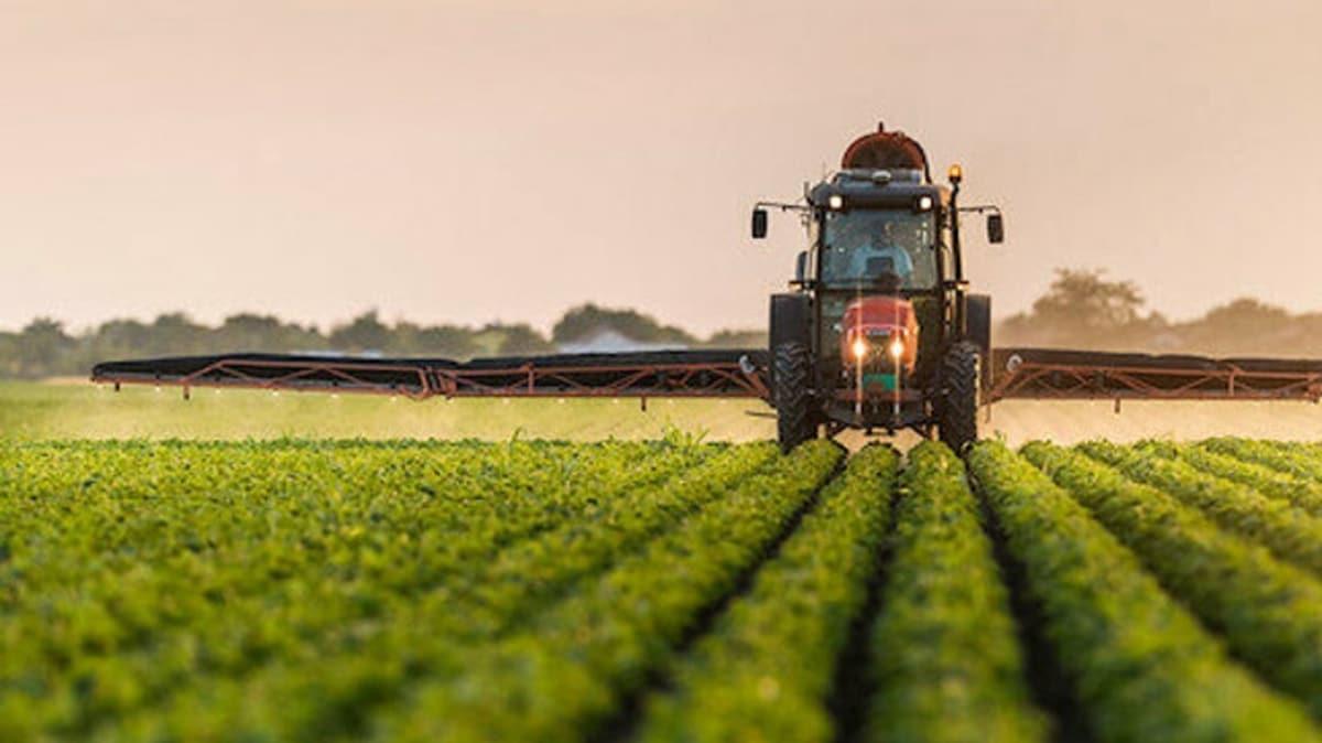 Bakan Pakdemirli: 21 ilde üreticilerimize tohumların yüzde 75'ini hibe ediyoruz