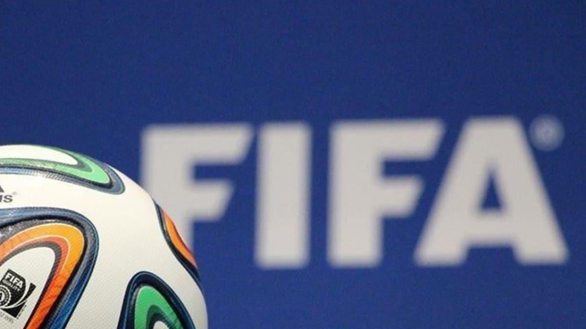 FIFA'da rüşvet bombası